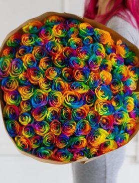 Букет из 101 радужной розы 70 см (Эквадор)