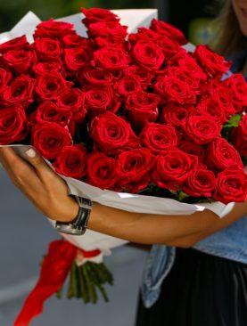 Букет из 51 красной розы 40 см (РФ)