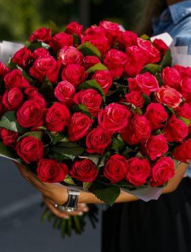 Букет из 51 розовой розы 50 см (Кения)