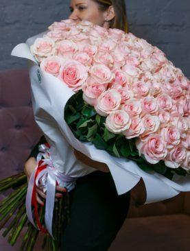 Букет из 101 розовой розы 70 см (Эквадор)
