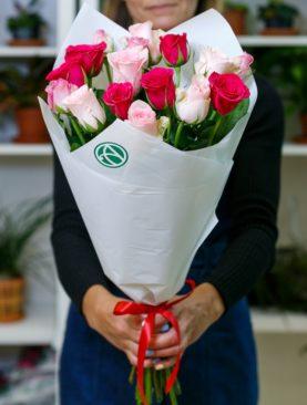 Букет из 15 роз розовый микс 50 см (Кения)